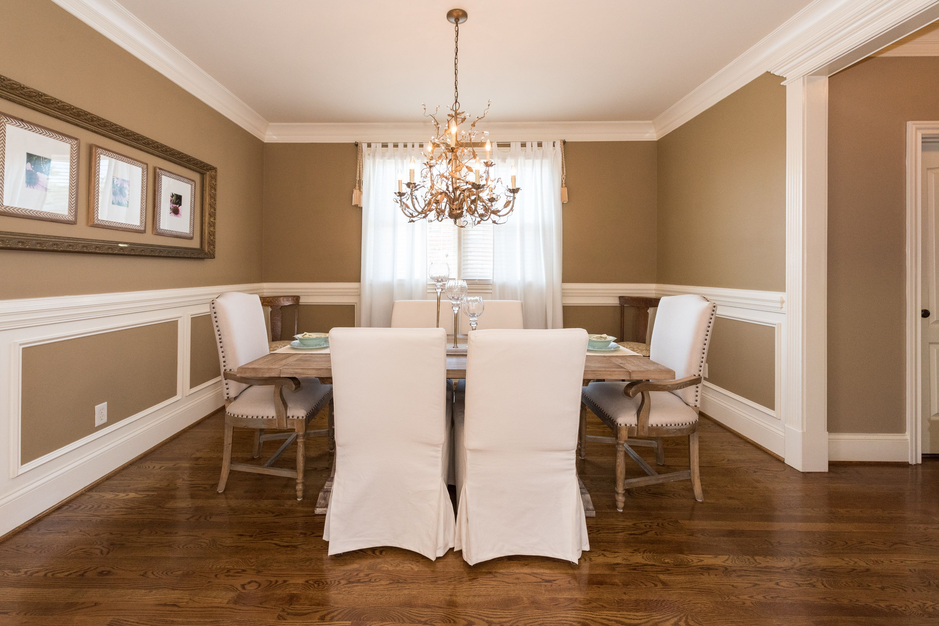 Mix Up Your Chairs In Your Dining Room Southern Homes Home