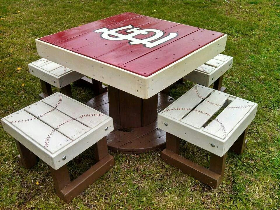 St. Louis Cardinals patio table Upcycletothe9s on FB - St. Louis Cardinals Patio Table Upcycletothe9s On FB Things For