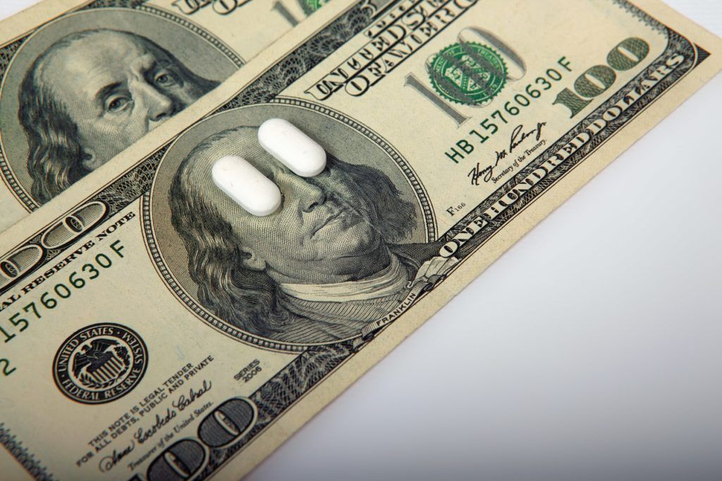 How to pay your medical bills without health insurance