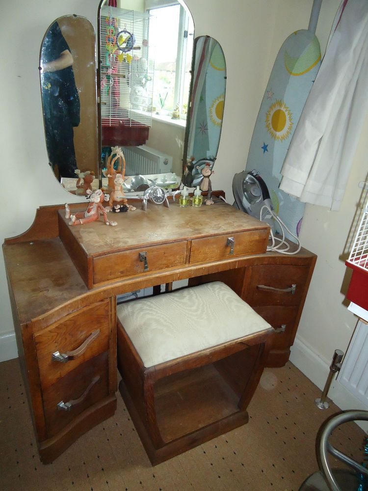 Bedroom Vintage Retro Oak Dresser Dressing Table Rare Barn Find 1950s 1960s Bedroom Vintage Retro Furniture Oak Bedroom