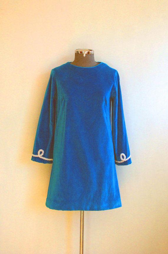 V I N T A G E Turquoise Velvet Shift by FashionRejectVintage, $70.00