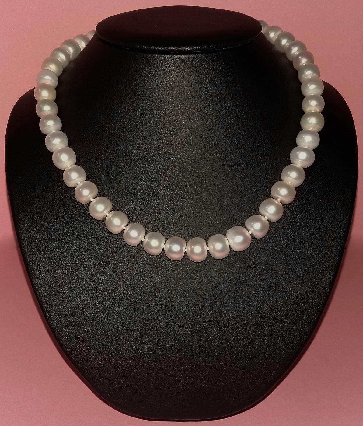 c04af33abd5d Collar clásico de perlas cultivadas blancas semiesféricas (en forma de  botón)