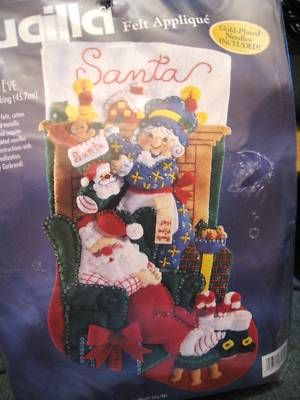 BUCILLA STOCKING FELT Applique Kit,THE CLAUS' CHRISTMAS EVE,Santa & Mrs. - i would LOVE to have his one for me