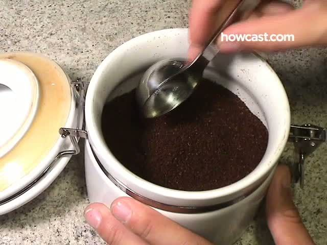 Whether you need a full pot of rocket fuel before the birds start chirping or just like a few sips of decaf with your dessert, knowing how to make coffee is an indispensable—and simple—skill.