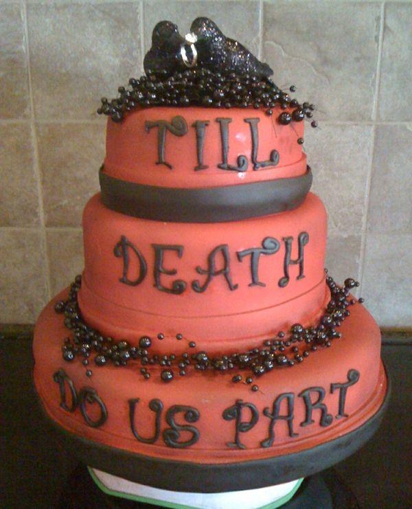 Halloween Wedding Cakes | Halloween Wedding Cake Ideas | Halloween ...