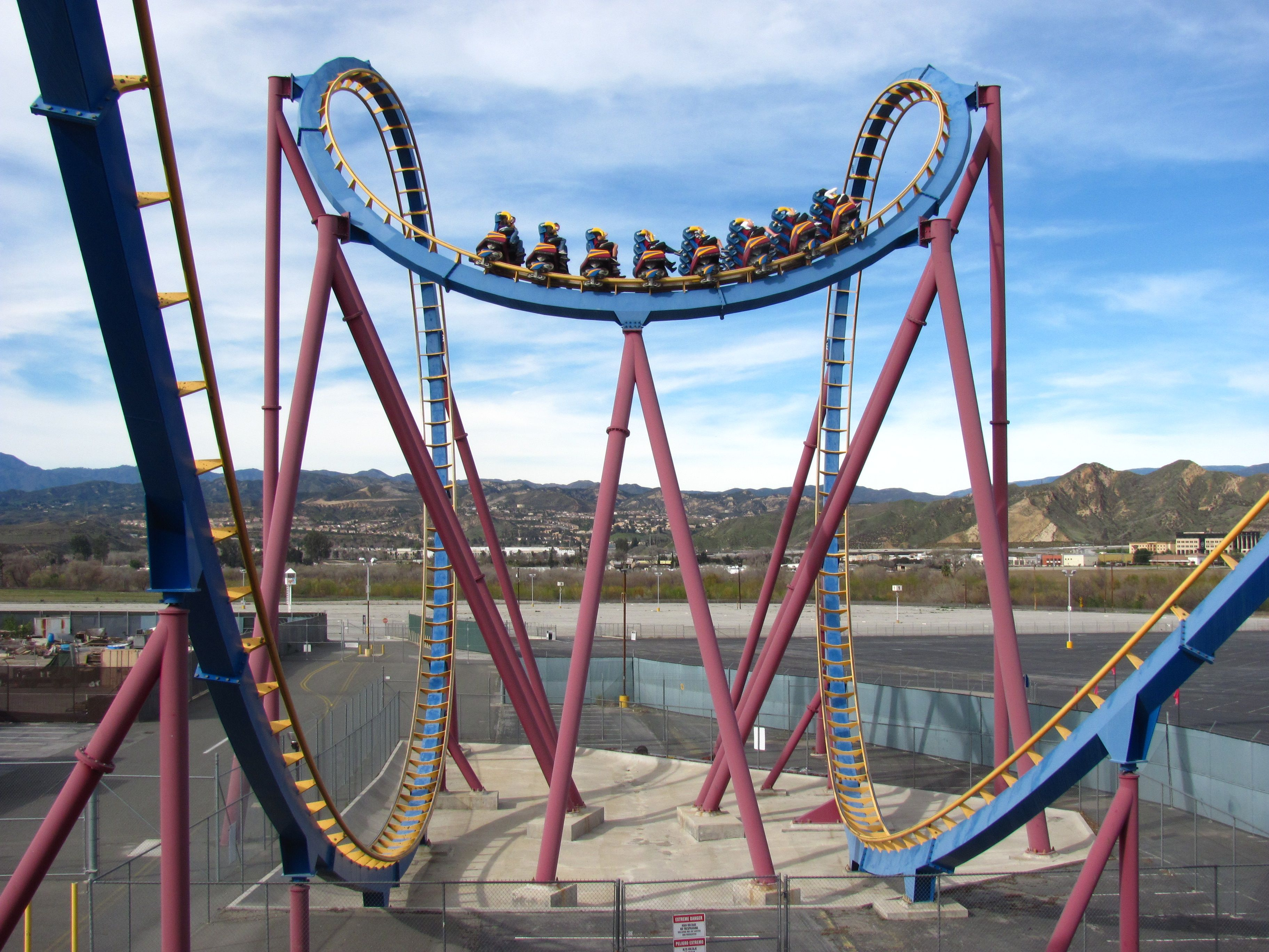 Santaclarita Scv Valencia Santaclaritavalley Sixflags Magicmountain California Tourist Attractions Six Flags Santa Clarita Valley