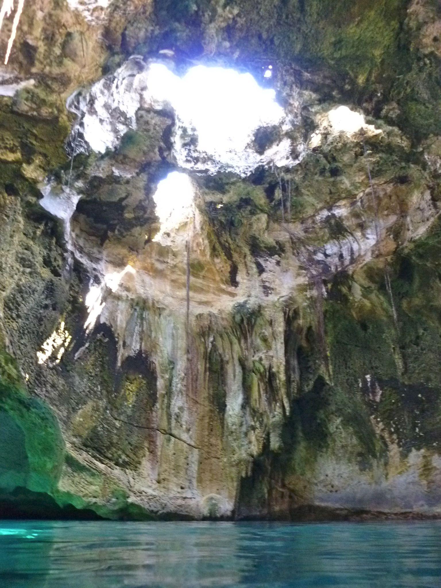 Thunderball Grotto Near Staniel Cay In The Exuma Cays