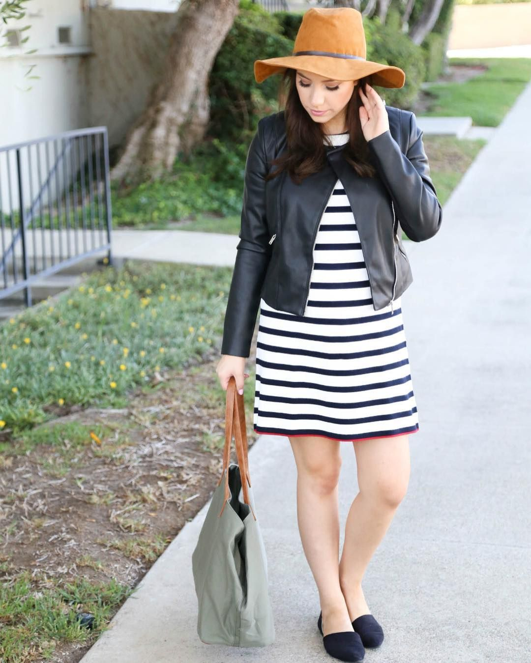 Today on my blog/YT channel I'm sharing a few summer to fall transition looks in a haul/lookbook video!  (Link in bio!) or shop this look here: http://liketk.it/2p3qo @liketoknow.it #liketkit #falloutfit #stripes #msternitystyle #23weeks