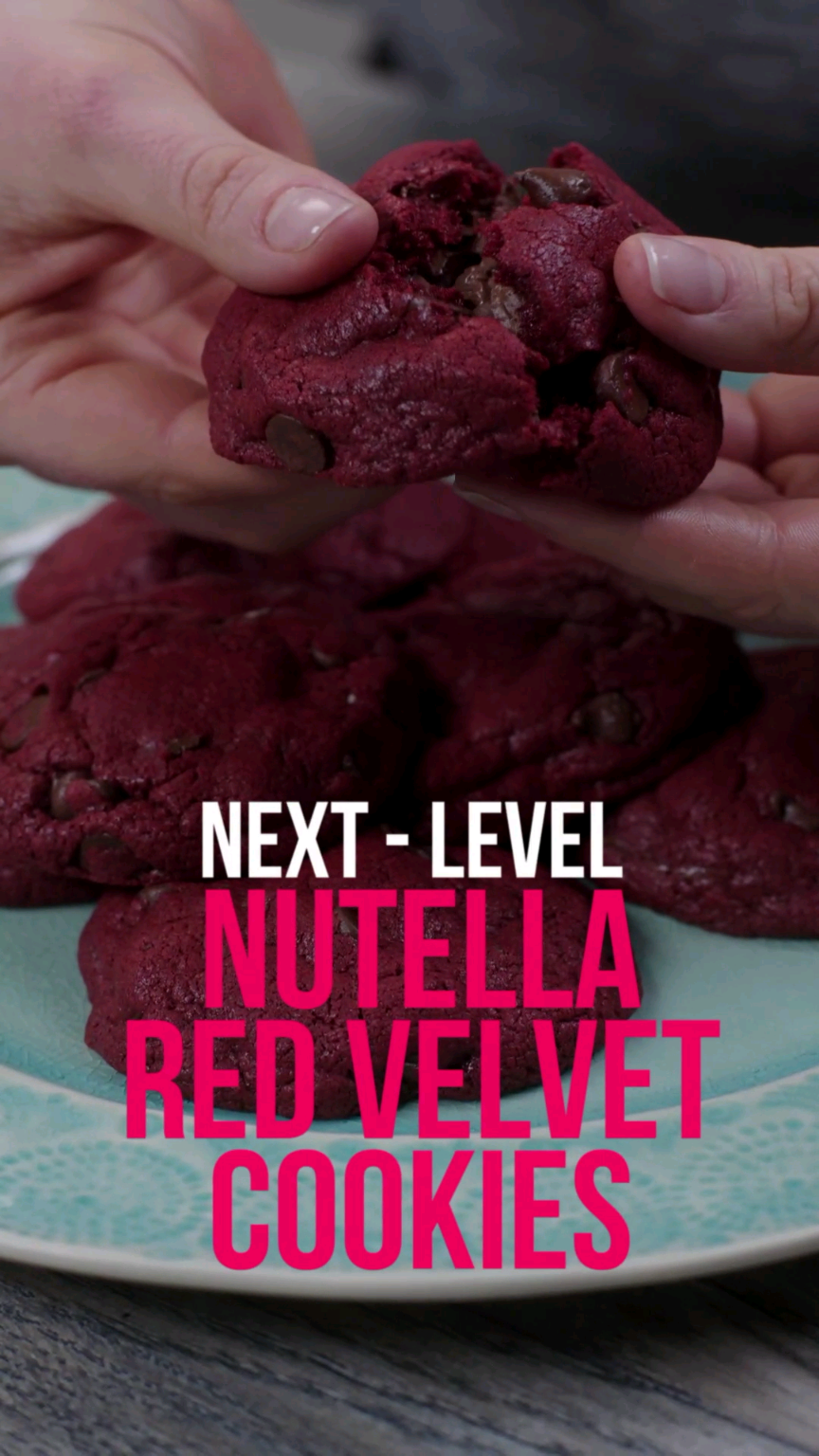 Nutella-Stuffed Red Velvet Cookies #cookies