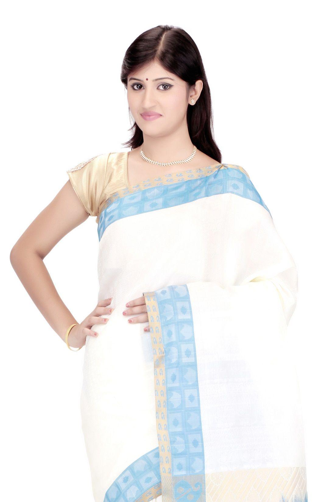 Buy #Kanjivaram Silk #Sari @ Rs.3,075.00 And Save Rs.1,630.00 [Original Price: Rs.4,705.00] #Silk #FreeShipping
