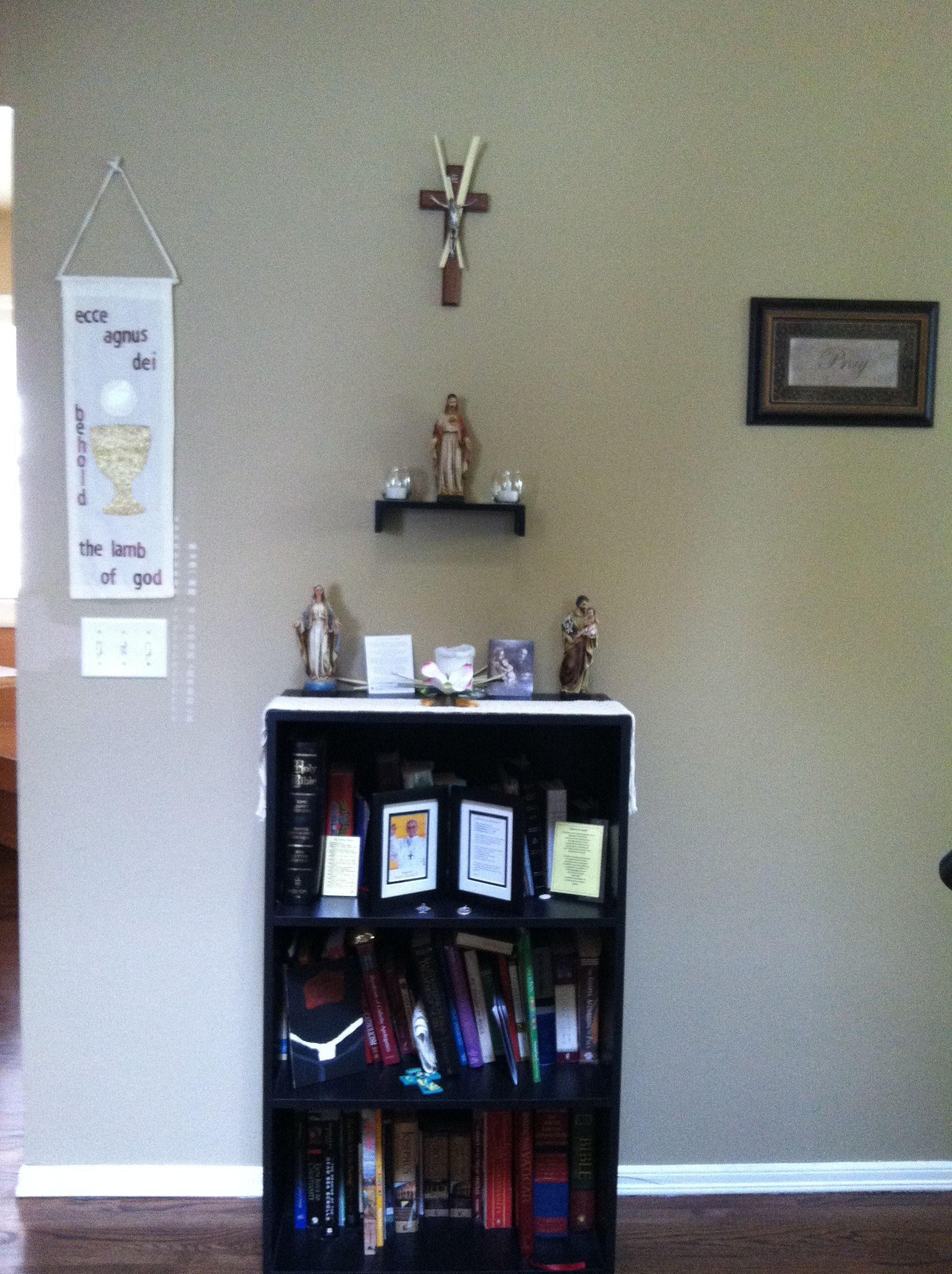 More Ideas For A Simple Home Altar.