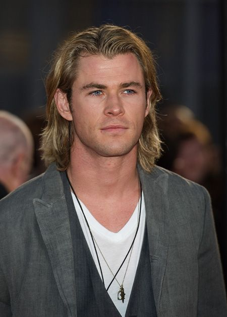 Mens Long Hairstyles Iconic Star Looks Chris Hemsworth Mrminds Chris Hemsworth Hair Men S Long Hairstyles Guy Haircuts Long