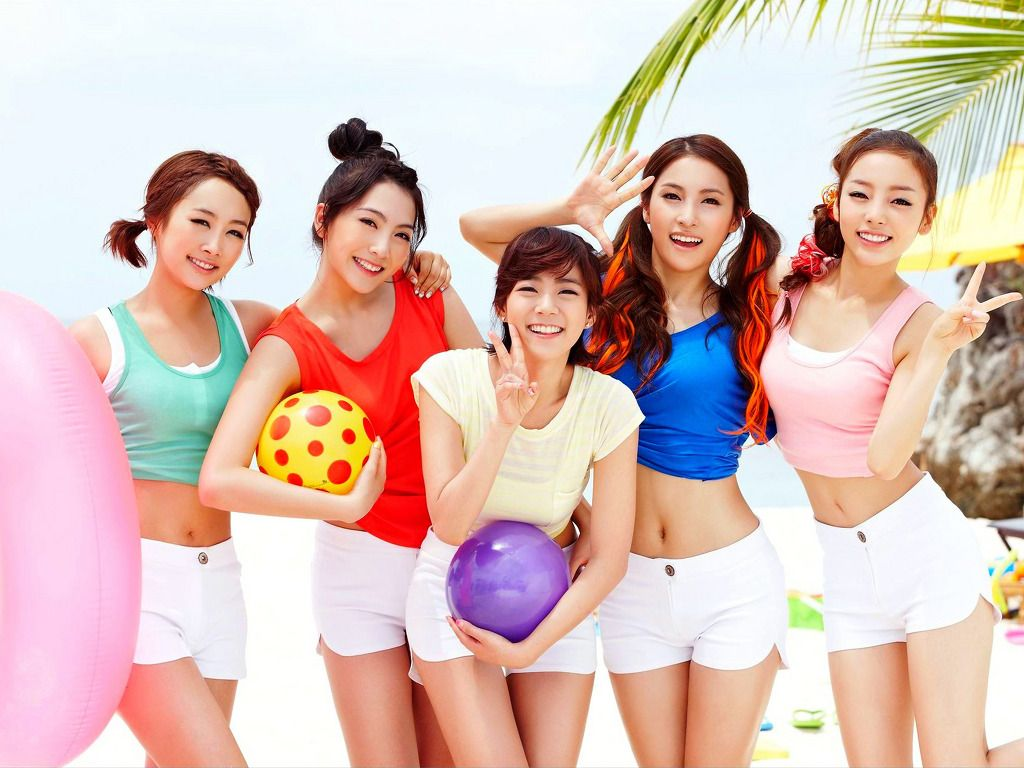 Hd wallpaper kpop - Update Wallpaper Kara On The Beach Hd Wallpaper Korean Kpop Wallpaper For Dekstop Download All