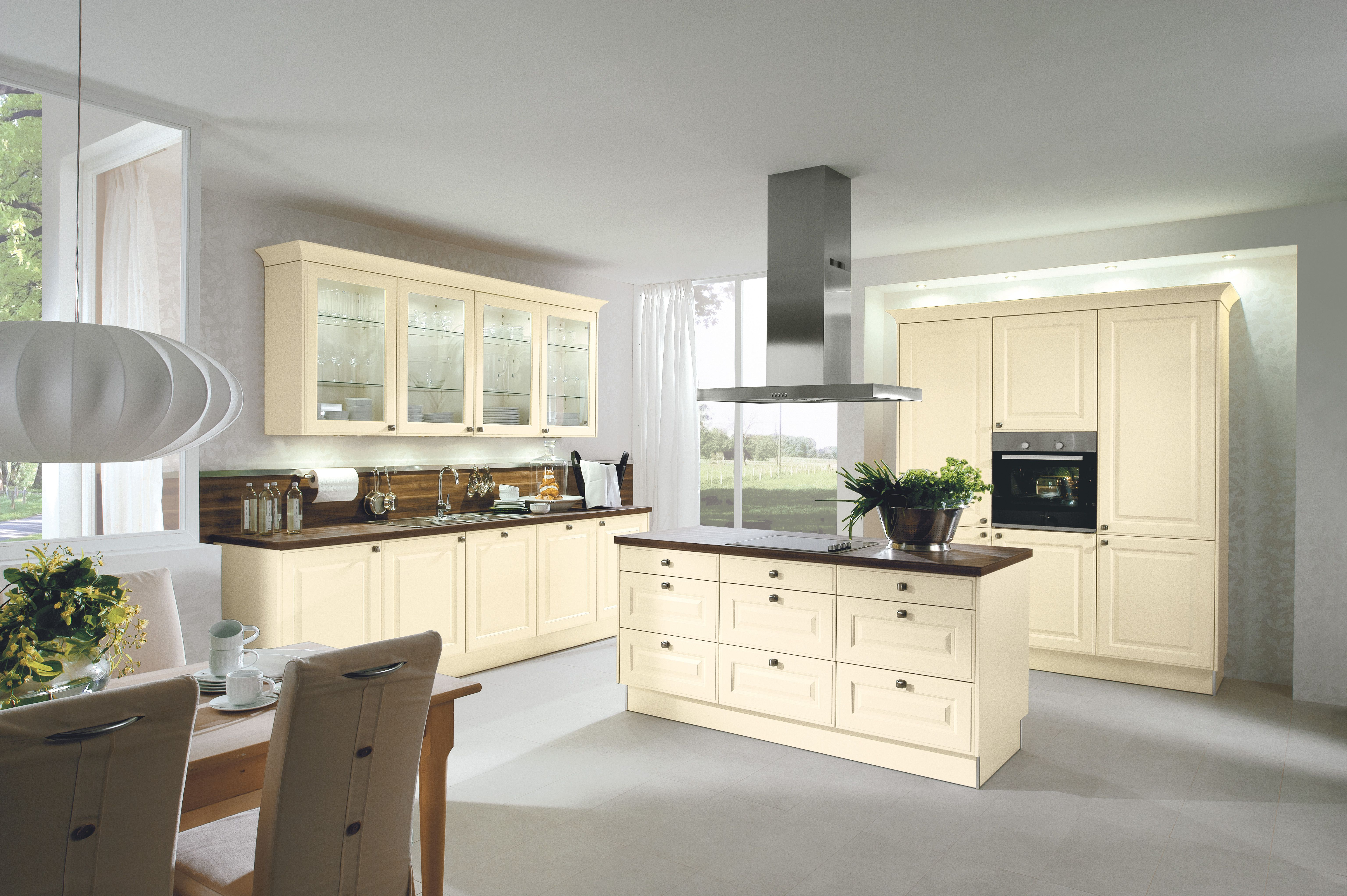 Modern with a Traditional twist - Simply beautiful http://www ...