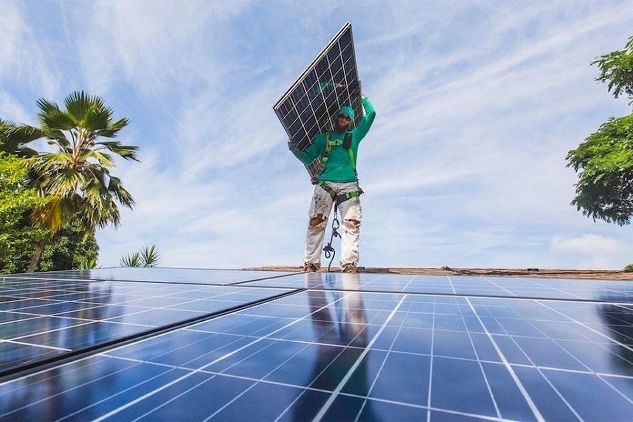 Tesla Becomes Cheapest Source of Electricity in Hawaii http://goo.gl/f7t6ue