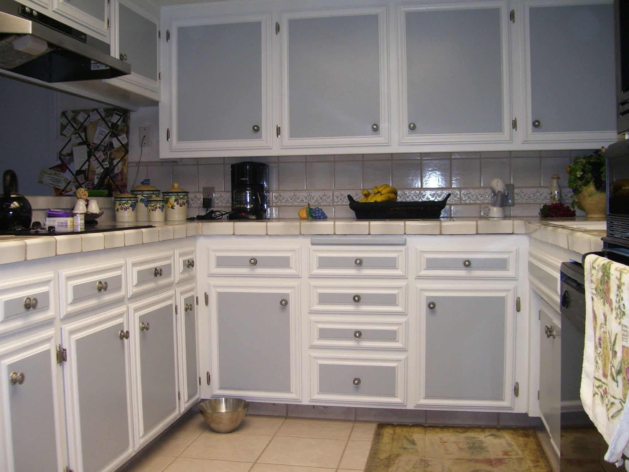 Home Depot Kitchen Cabinets Ideas Kitchendesigns Kitchencabinets Pine Kitchen Ca Kitchen Cabinet Trends Kitchen Cabinets For Sale Two Tone Kitchen Cabinets