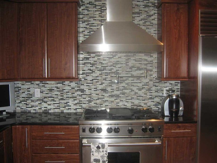Backsplash Ideas For Black Countertops Part - 31: Awesome Kitchen Backsplash Ideas For Modern Kitchens : Modern Tuscan  Kitchen Backsplash Design Combined With Classy Wooden Cabinets