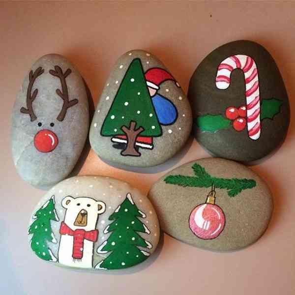 Steine bemalen weihnachten