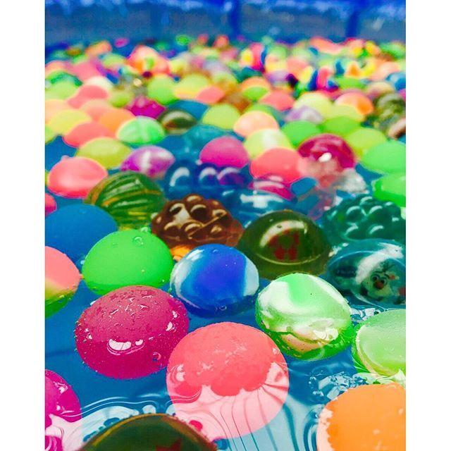 NHK朝イチで紹介!液状のりで作るスーパーボールが面白そう♪ | Handful