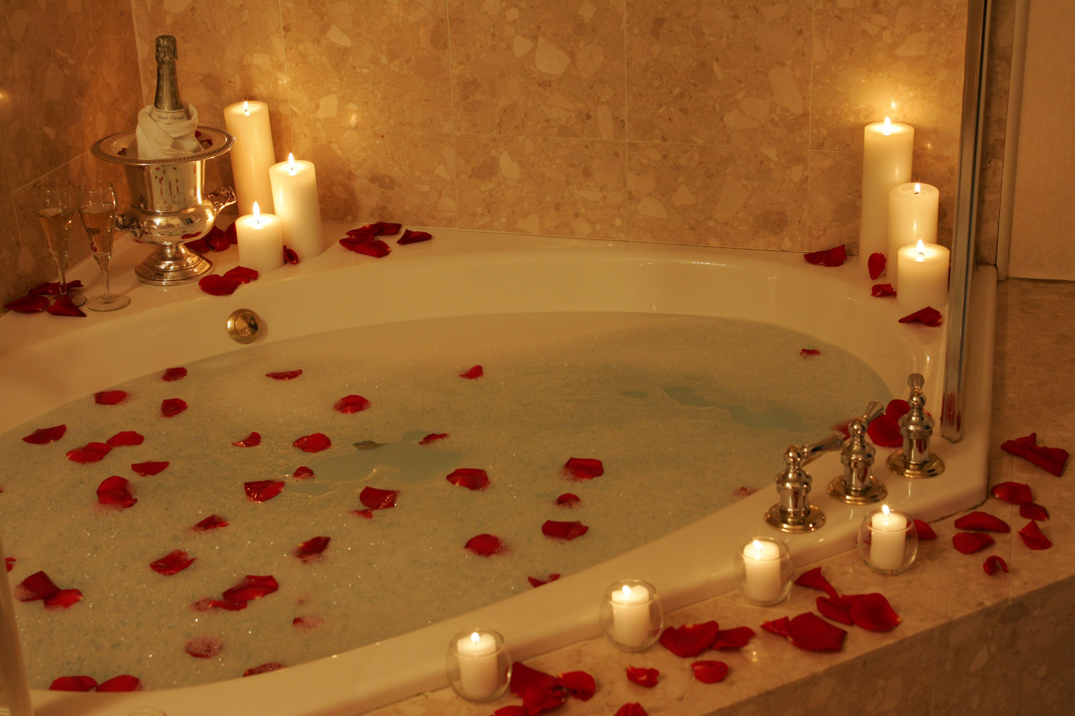 Pin by Jared Cranford on Pamper times | Romantic bathrooms ...