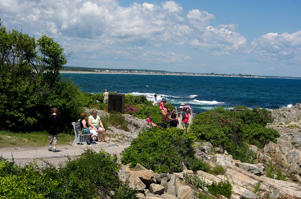 walking the marginal way in ogunquit maine river mouth cove fc