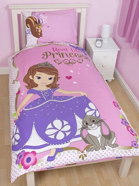 This Sofia The First Duvet Set Features Two Designs In One So Your Little Princess Can Change And Cho Disney Bedding Sets Duvet Bedding Sets Single Duvet Cover