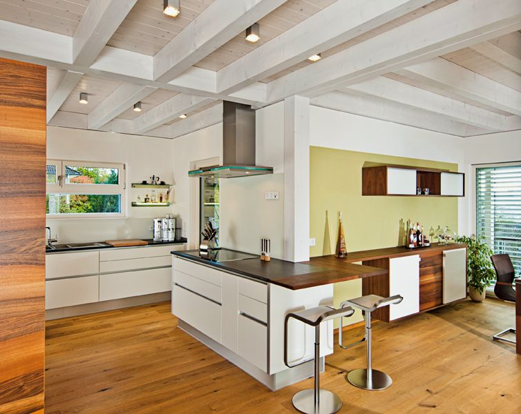 beleuchtung offene holzdecke k che strahler k che pinterest. Black Bedroom Furniture Sets. Home Design Ideas