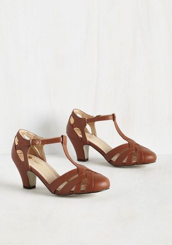 1920s Style Shoes Flapper, Gatsby, Downton Abbey