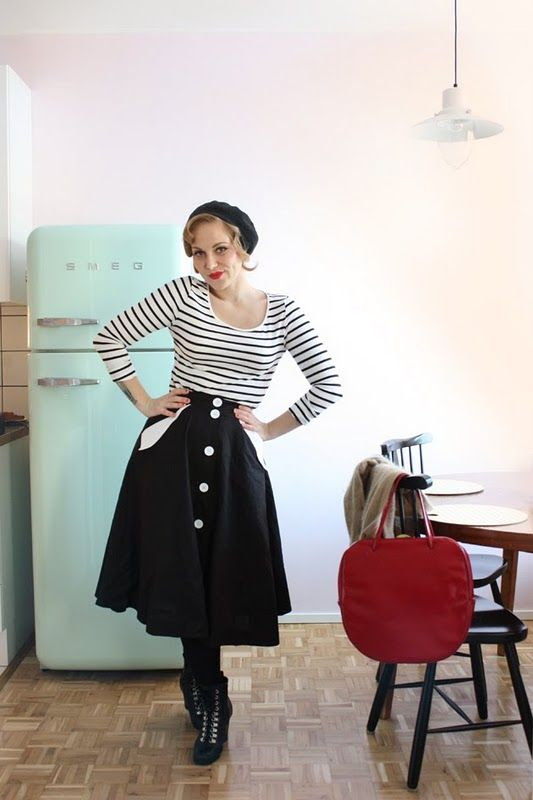I love the freelancers fashionblog - and the freelancers style =) (and her fridge)