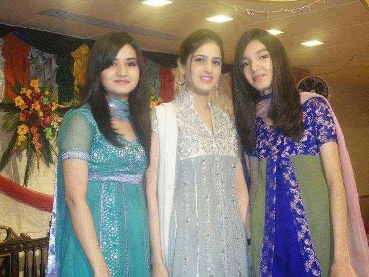 Desi Beautiful Pakistani Punjabi Sexy Girls Hot Photos
