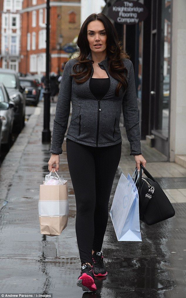 Tamara Ecclestone Poses Topless As She Anticipates Her Baby S Birth