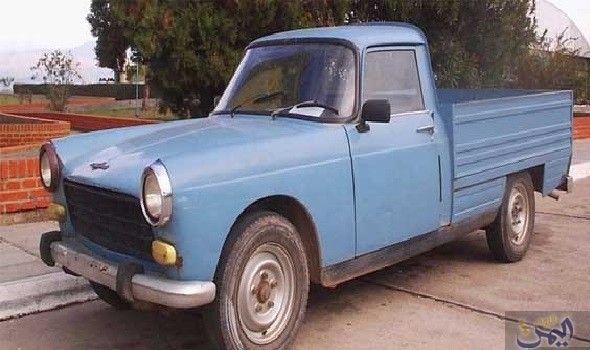 السيارة بيجو موديل 404 بيك آب تعود في شكلها الجديد من تونس Antique Cars Car Cars