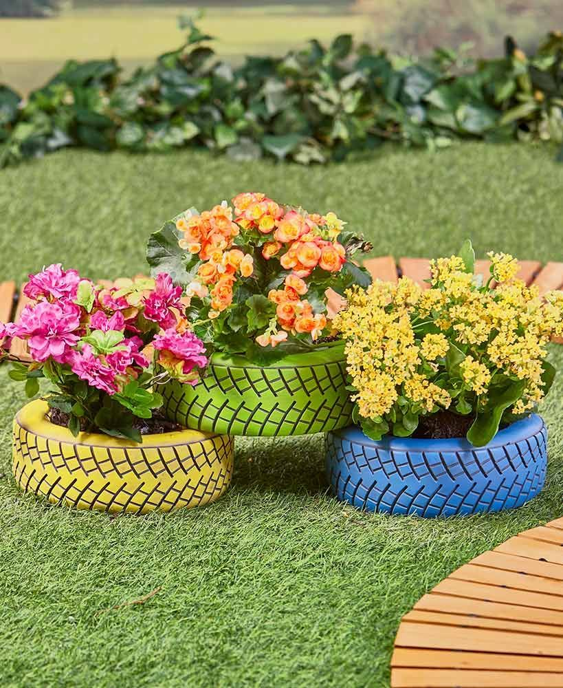 Tire Planters #gardeningidea   Flower garden design ...