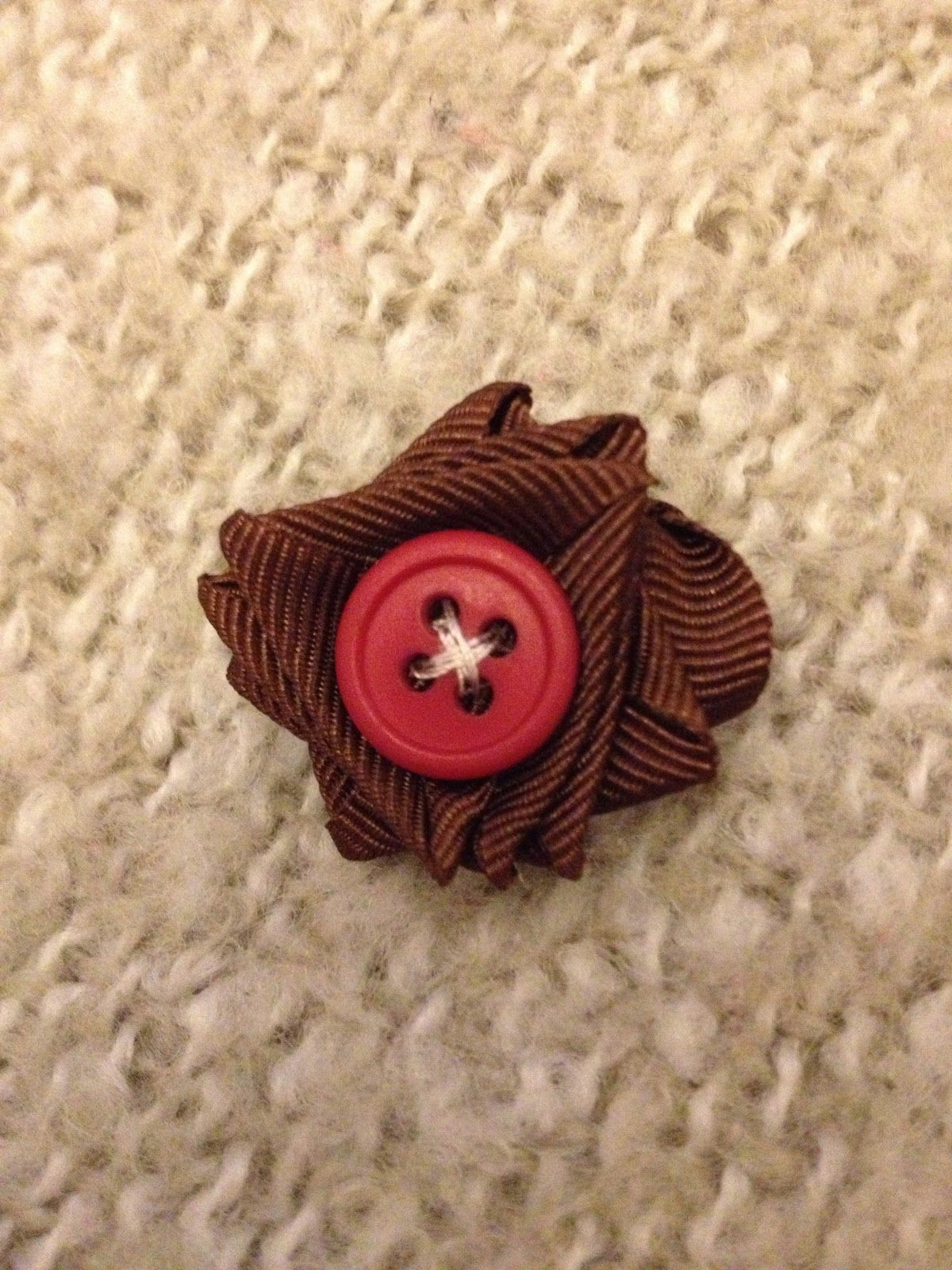 The Ginger Bee Ribbon Button Pearl Flowers