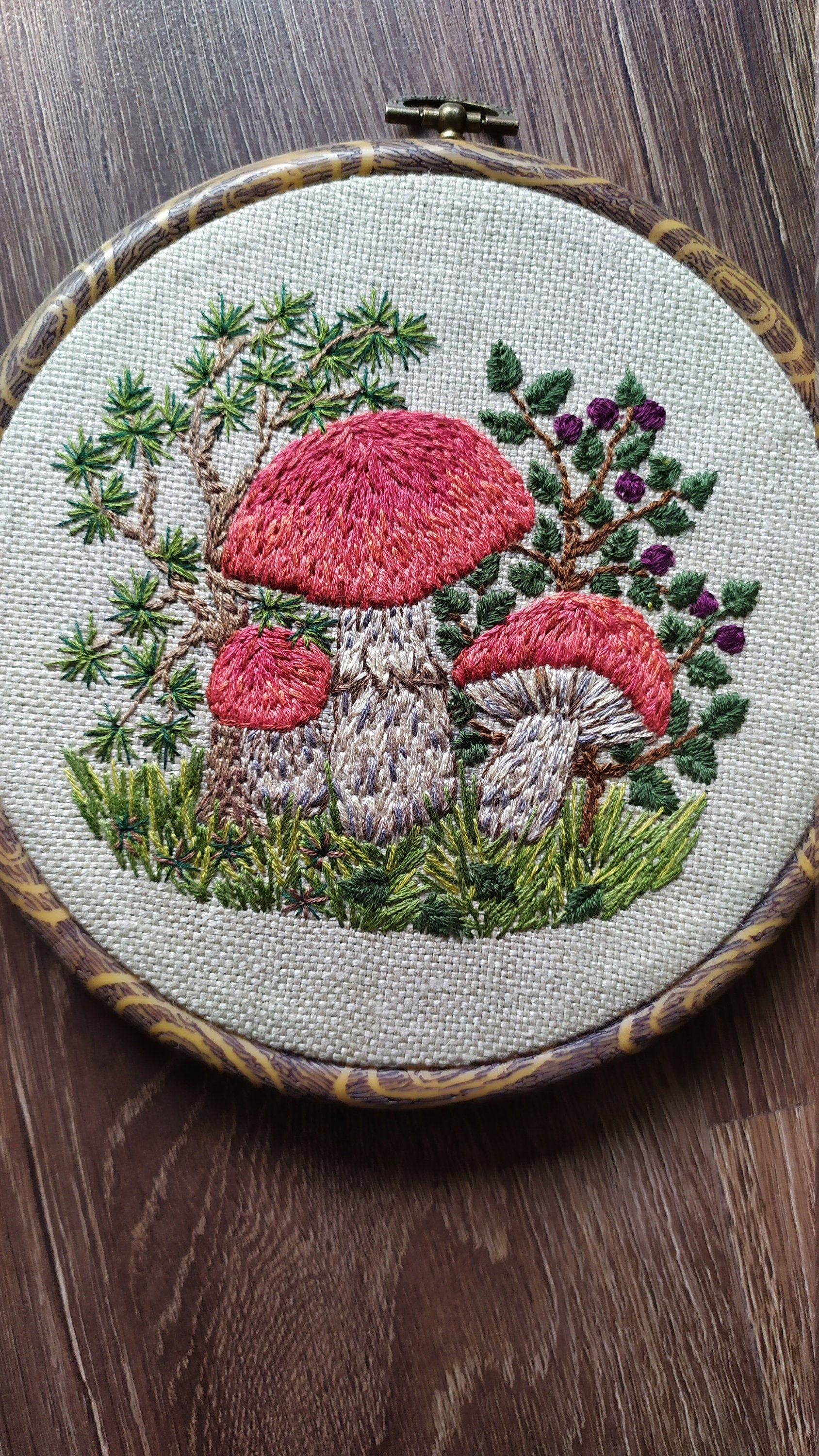 Embroidery Mushroom Mushroom Decor Mushroom Art Forest Decor In 2020 Embroidery Hoop Art Hand Embroidery Art Embroidery Art