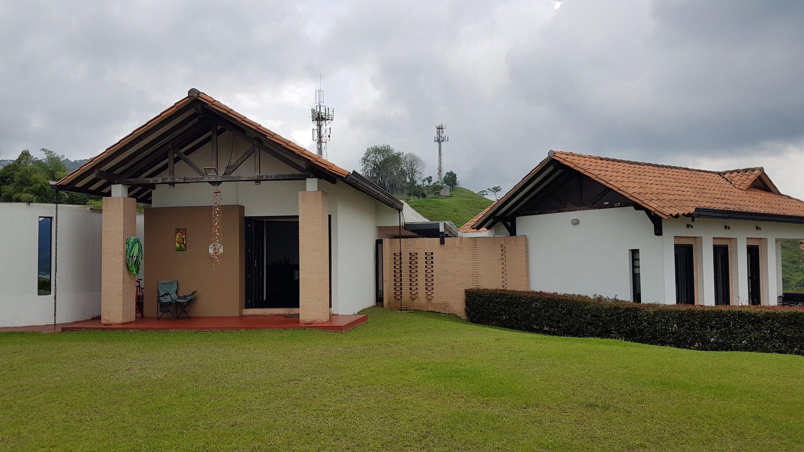 ESPECTACULAR Casa Campestren en SANTA ROSA DE CABAL