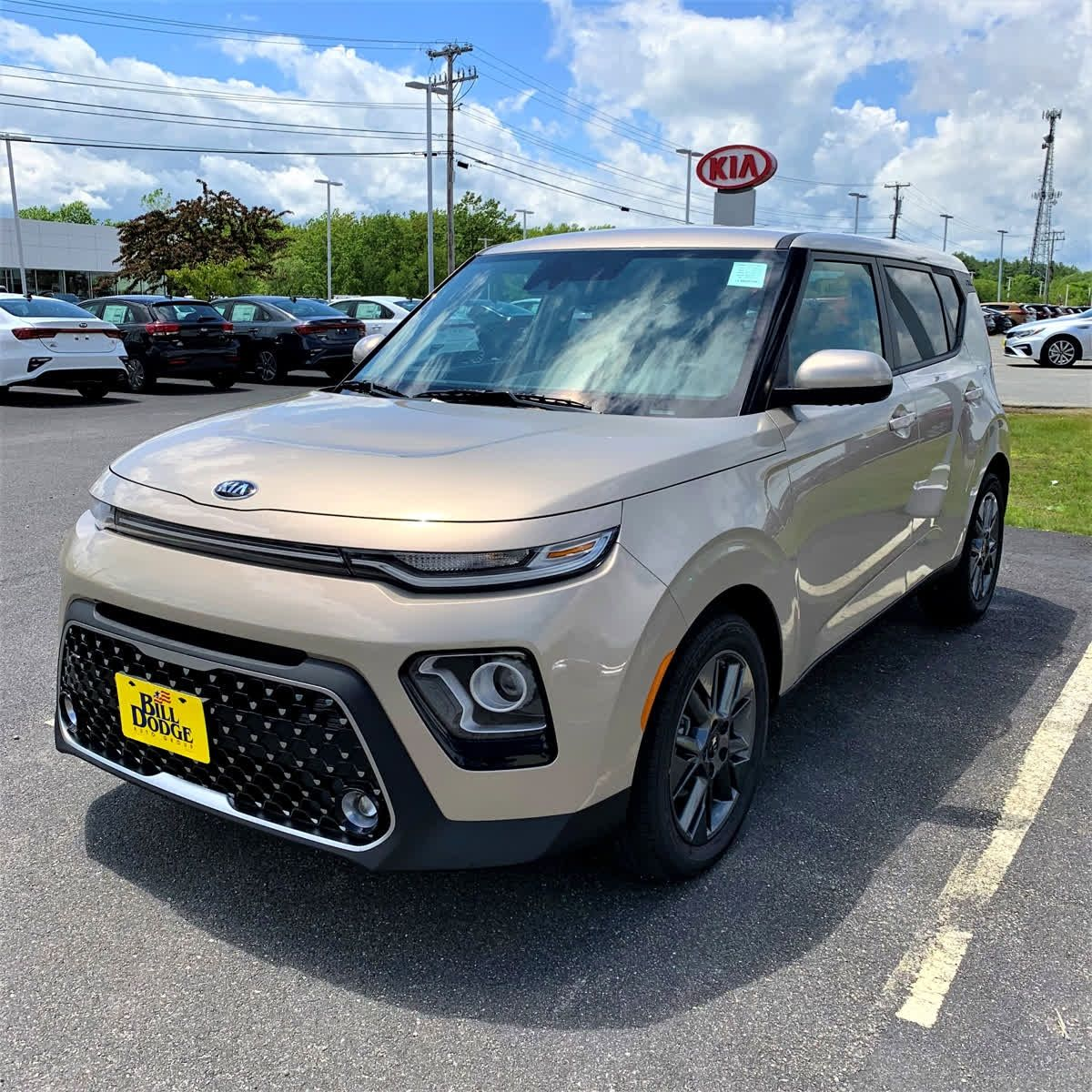 Newly Designed 2020 Kia Soul In The New Platinum Gold Exterior Color Shop Our Summer Soul Sales Bit Ly Kiasouls Kia S Kia Soul Kia Kia Soul Interior