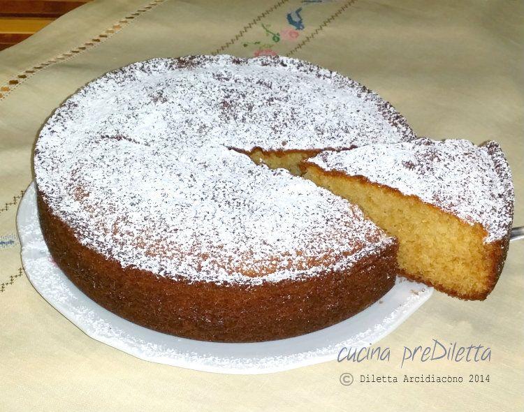 Torta allo zenzero, un dolce morbidissimo e delicato. Mi piace molto il sapore di questa torta ma quello che più mi piace è l' aroma che si sprigiona ......