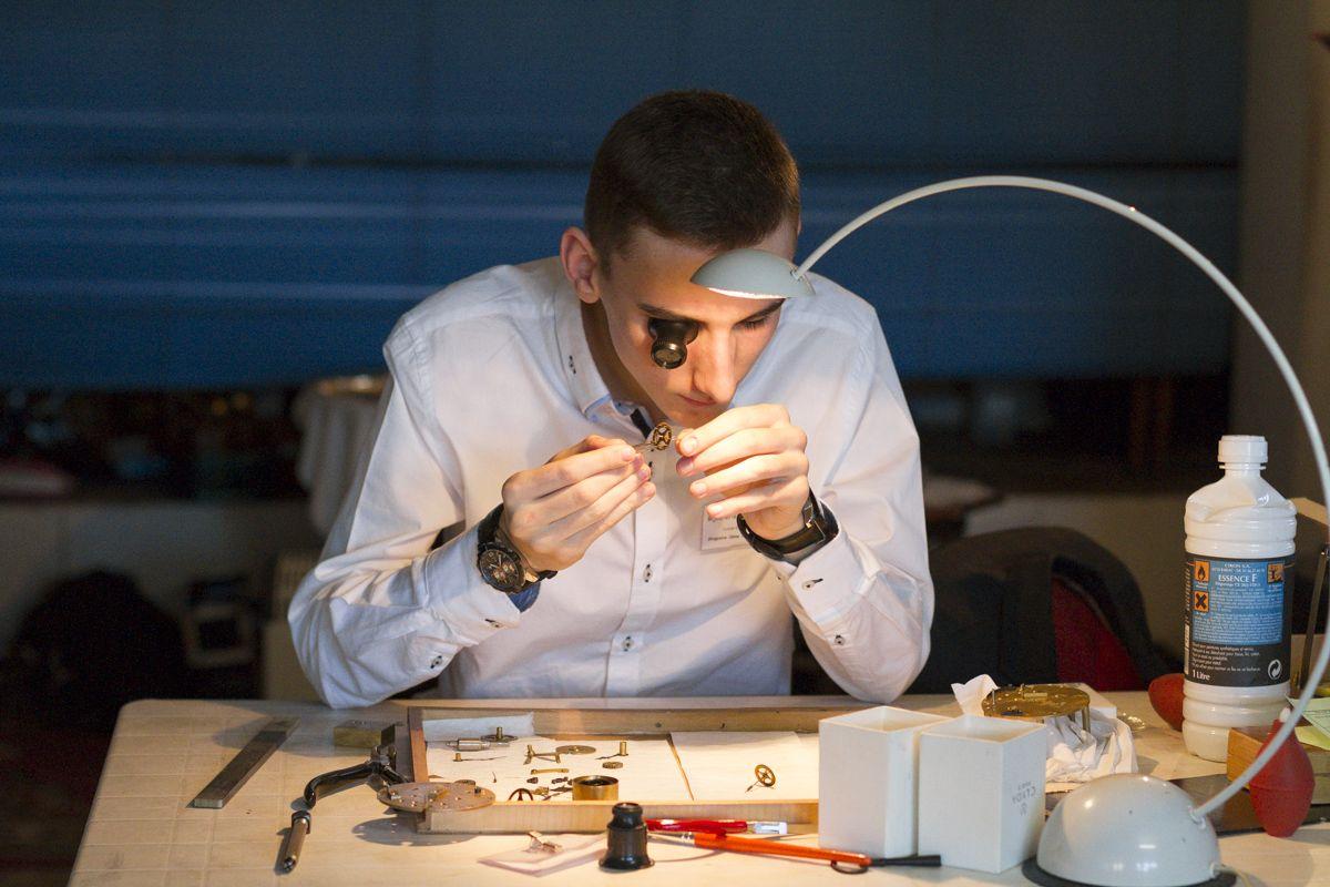 Apprenti horloger Merignac Photographe Professionnel a Bordeaux   Sebastien Huruguen