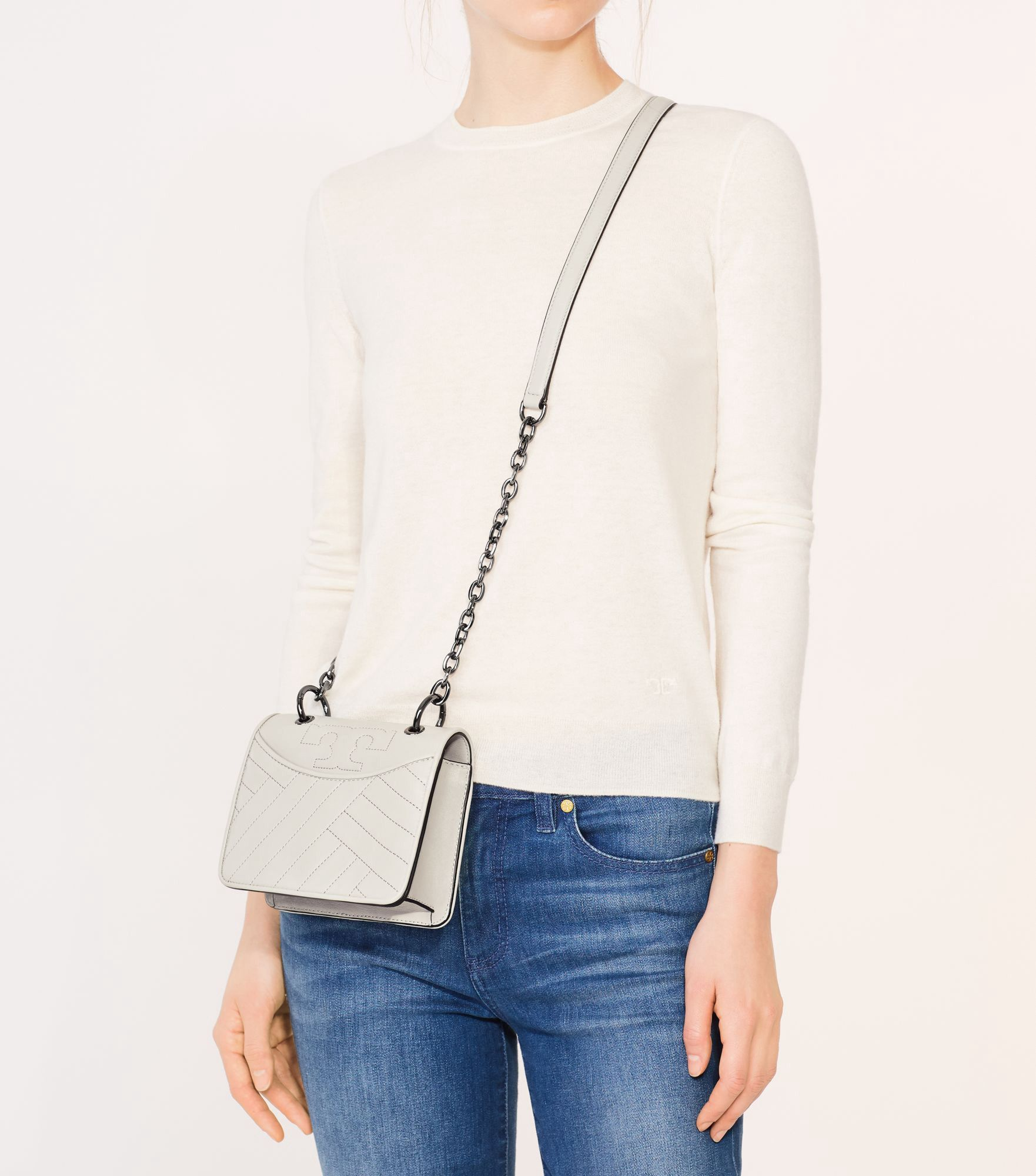 711905cc144 TORY BURCH ALEXA CONVERTIBLE MINI SHOULDER BAG.  toryburch  bags  shoulder  bags  leather