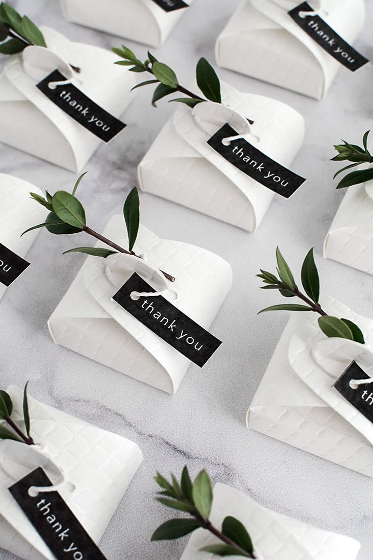 3 Simple and Modern DIY Wedding Favors - | Packaging ideas, Favours ...