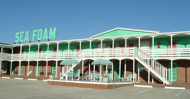 Vacationed Here All The Time When We Were Little At Outer Banks It Is Oldest Hotel In Area And While Semi Outdated Still Clean Has