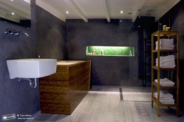 salle de bain en tadelakt vu galement en mortex m lange fonc et couleurs carrelages vifs. Black Bedroom Furniture Sets. Home Design Ideas