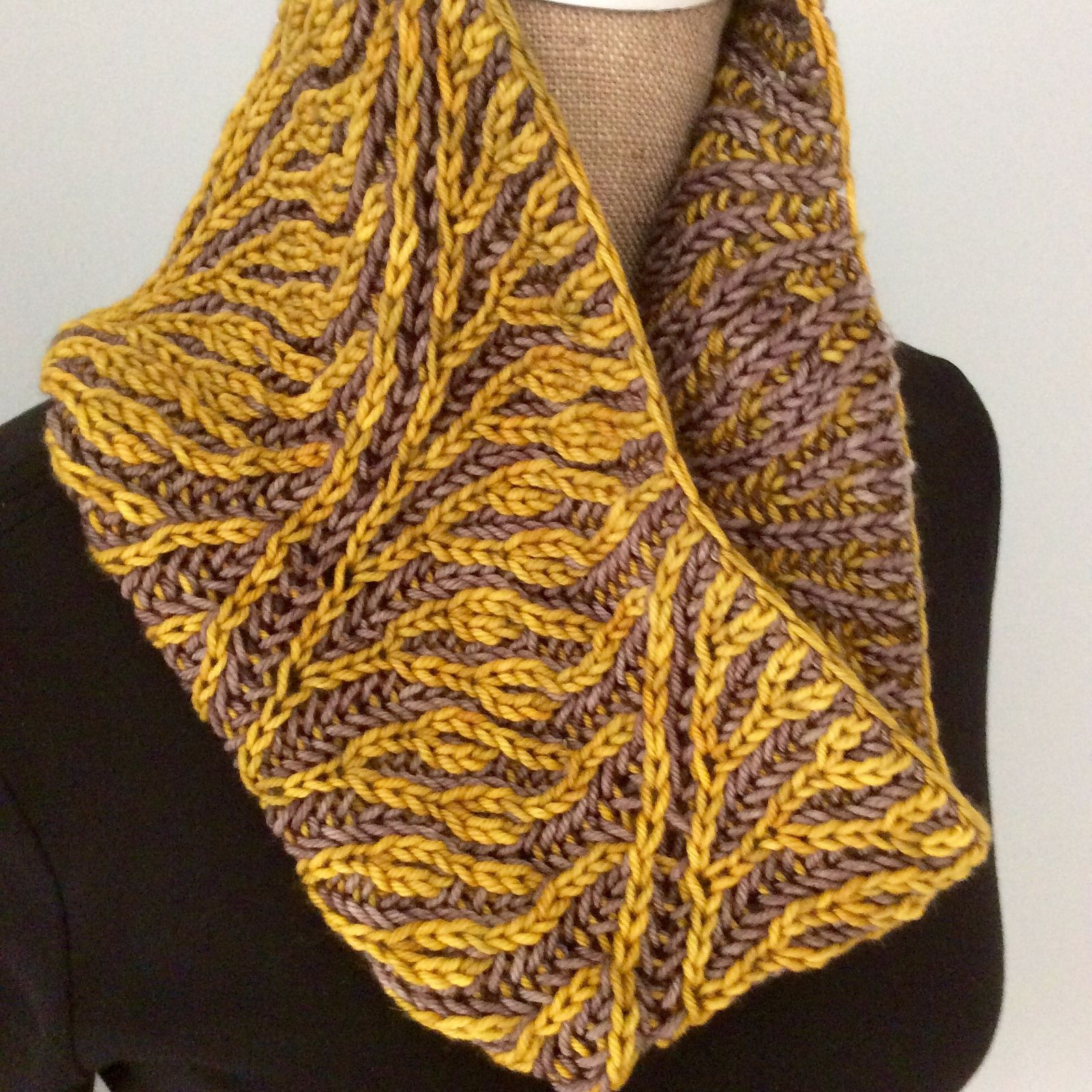 Fancy Brioche Weekend (Workshop) pattern by Susan Ashcroft | Brioche ...
