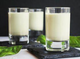 Neus cocinando con Thermomix: Sopa fría de albahaca con piñones y parmesano