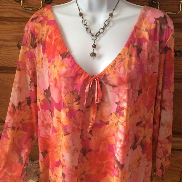 53fd7a937 Avenue Tops - Avenue Bright Floral Blouse With Tie NWT Campesinos