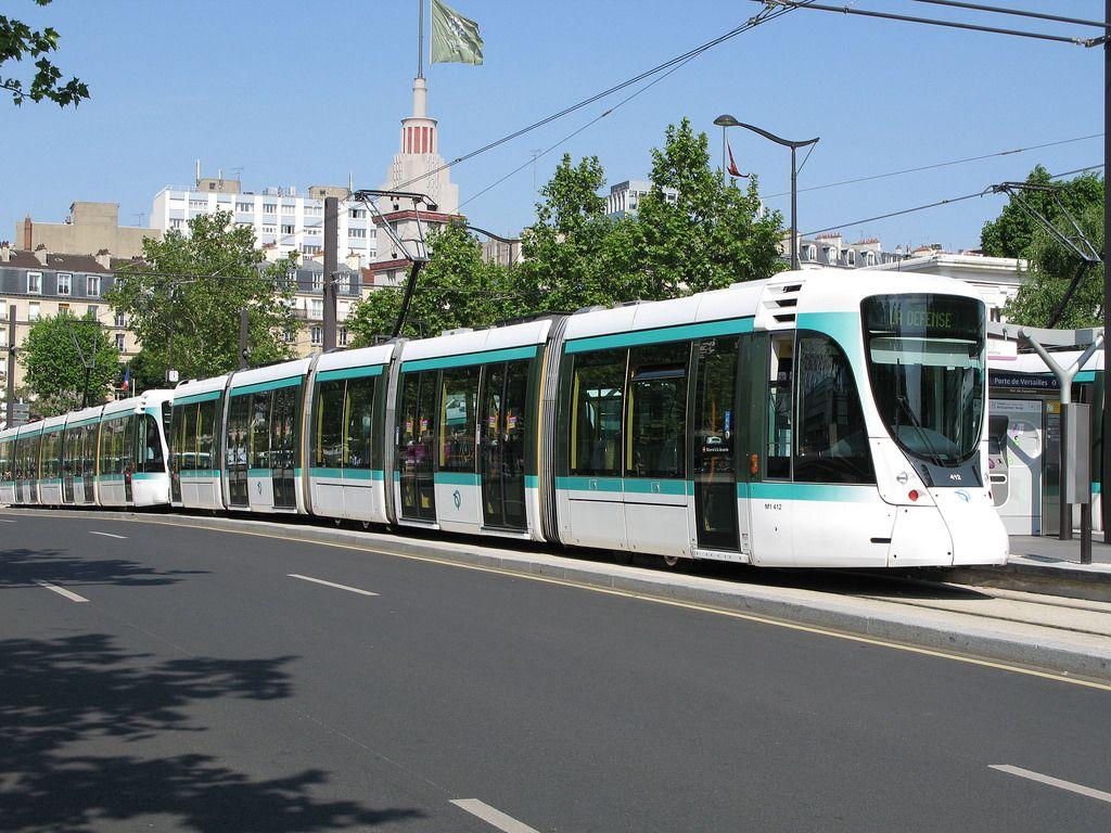 Epingle Sur Public Transportation