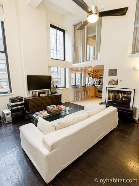 The Absolutely Gorgeous Nyc Loft In The Westvillage Is A Dream In Mahogany And Italian Kidskin A New York Apartment Furnished Apartment New York Apartments
