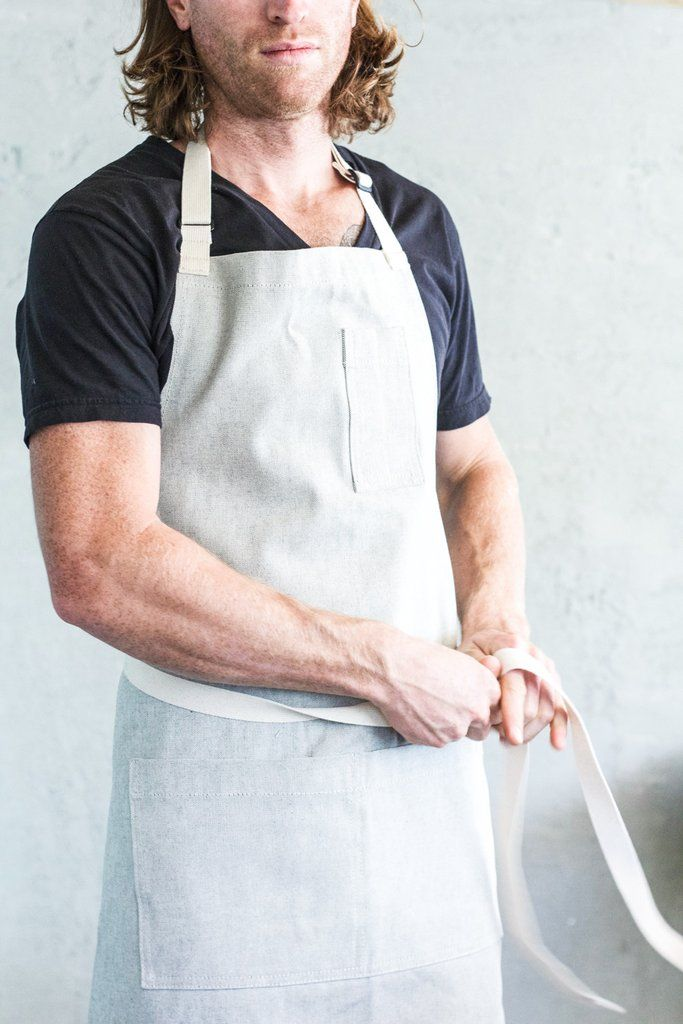 Oui Chef Apron in Salt + Pepper