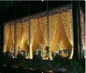 Christmas Light Curtains: This Would Be Great For My Back Porch!